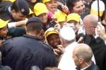 Img1024-700 Dettaglio2 Papa-Brasile-favelas