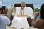 La-scultura-dedicata-a-papa-francesco